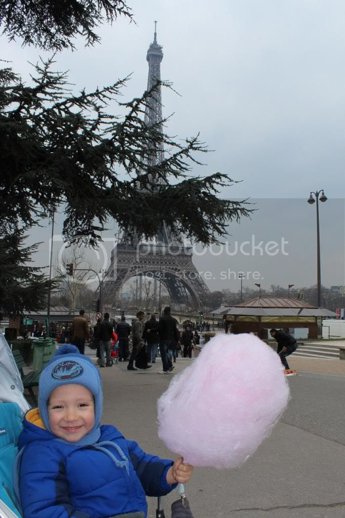 photo BarbeaPapaEiffelTower_zps91865e5c.jpg