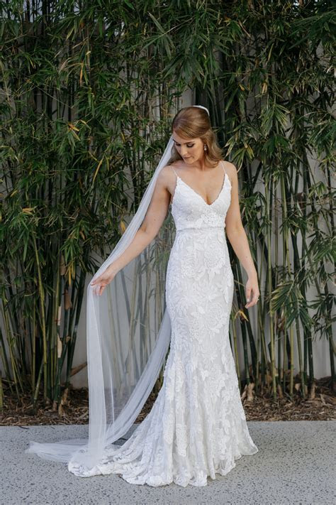 Erin Clare Couture Tyla Second Hand Wedding Dress on Sale