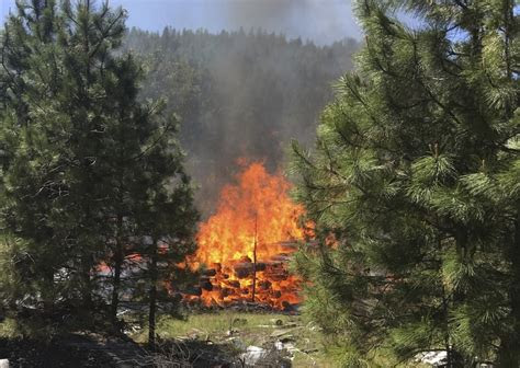 crews making progress  leavenworth area wildfire
