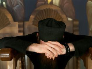 Ο απρόσεκτος λόγος αφελούς Μοναχού που δέχθηκε παιδαγωγική τιμωρία από τον Θεό: μια εξήγηση για τα παθήματα του νεοέλληνα