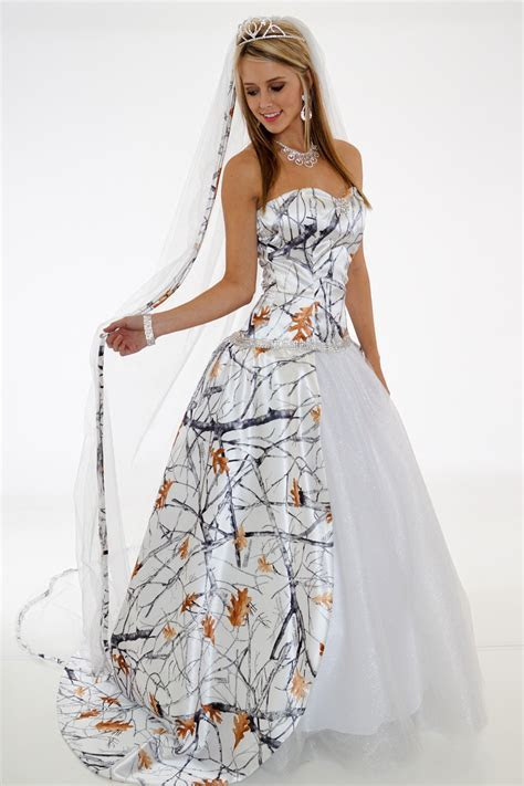 20 Camo Wedding Dresses Ideas You Must Love   My dress