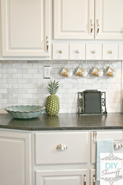 8 Creative Kitchen Backsplash IdeasDIY Show Off ™ – DIY Decorating ...