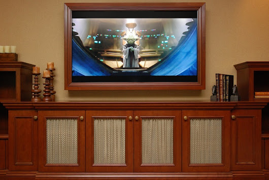TV frame ideas – frame your TV and blend it in the home interior