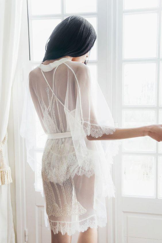ethereal lace und Tüll Hochzeit Kleid mit halben ärmeln