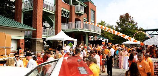 Photographfee » Joe Hollingsworth 40th Annual University of Tennessee Football Party