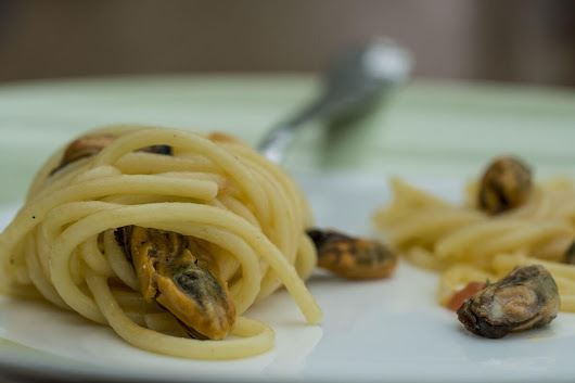 Recipe: Handmade Spaghetti with Mussels from La Spezia