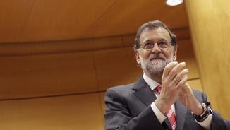 Mariano Rajoy en la reunió amb els senadors del PP (EFE)