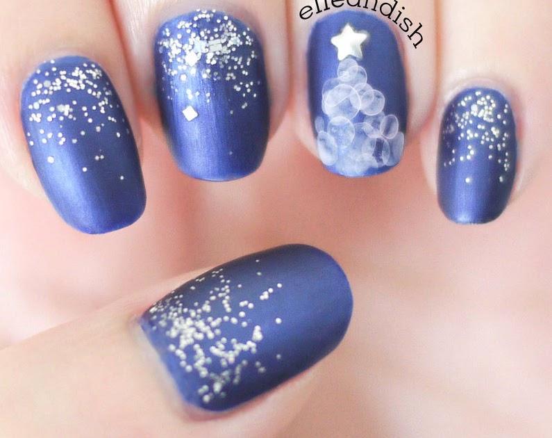 Water Bubble Christmas Tree Nails nail art by elleandish Nailpolis ...