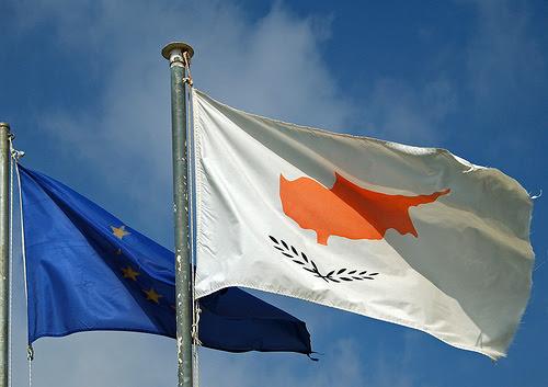Κύπρος: Ξανά στο τραπέζι το «κούρεμα» καταθέσεων…