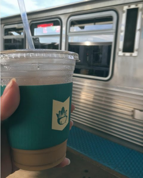 "Metropolis Coffee on Twitter: ""Thanks to @vkayandrews (Instagram) for sharing this #commuterlife photo of the ""El"" and a tasty iced coffee! """