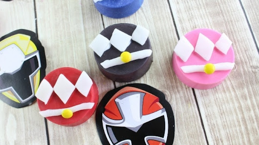 DIY Power Rangers Oreos Simplistically Living