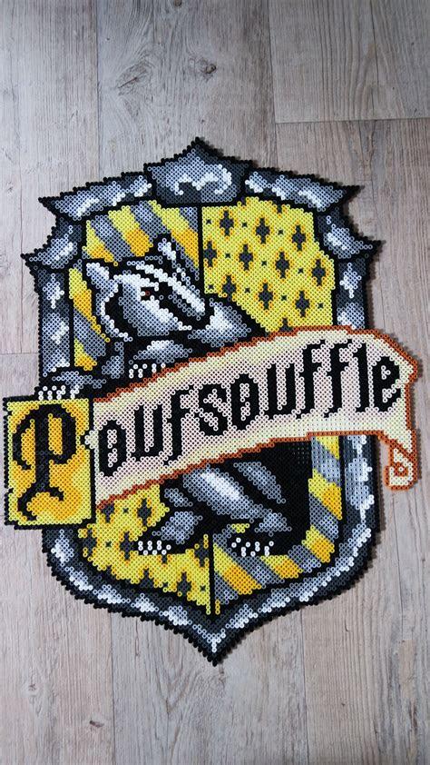 blason de poufsouffle hufflepuffs crest harry potter