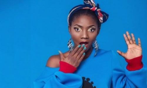 [BangHitz] Simi Educates Festus Keyamo's Supporters On Why The Govt Wants The Social Media Bill To Be Passed