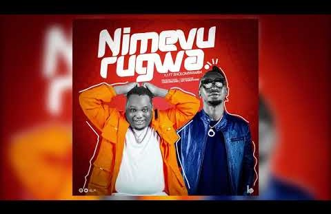 Download YJ ft Sholo mwamba - Nimevurugwa