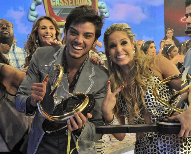 Rodrigo Simas e Raquel Guarini (Foto: Domingão do Faustão/TV Globo)
