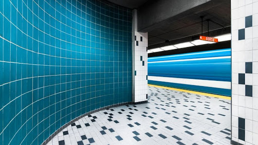 The beauty of the Montreal Metro - BBC News