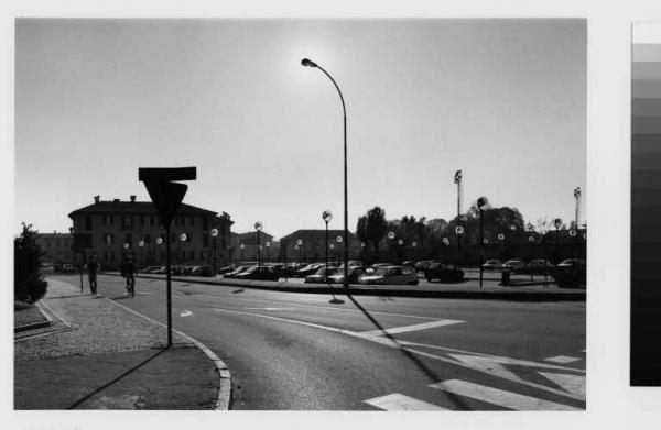 Cernusco sul Naviglio - via Marcellina - centro storico - parcheggio