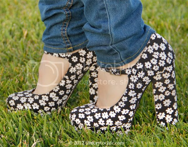 Forever 21 floral Mary Jane platform heels, floral Mary Janes