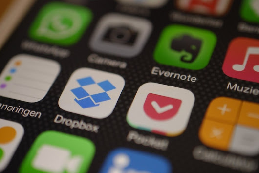 Every iPhone User Needs To Have These 22 Incredible Apps to Make Life Easier