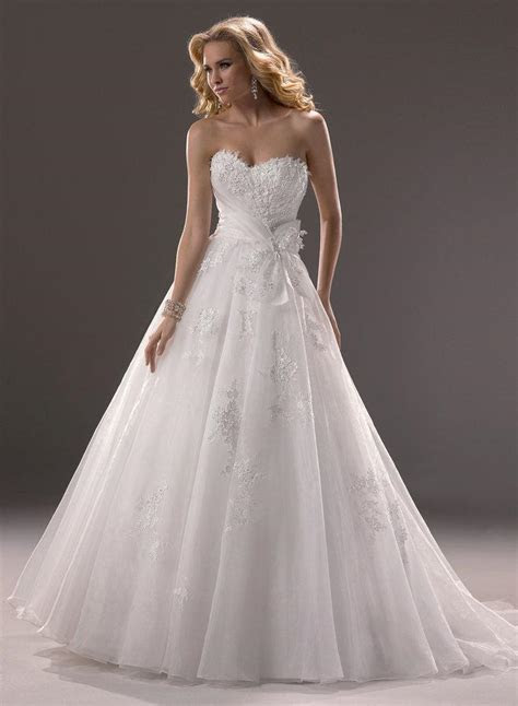 Strapless Sweetheart Lace Appliques Bow Sashes Bodice
