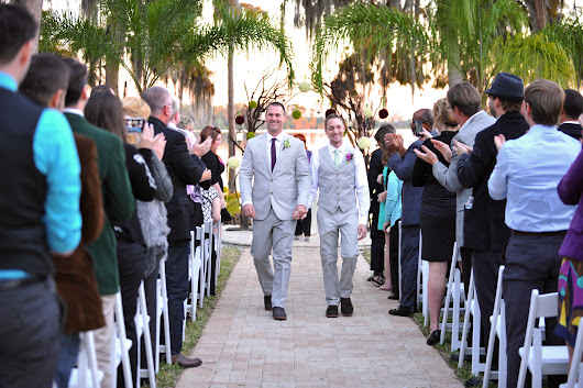 Orlando could become gay marriage mecca, wedding planners say