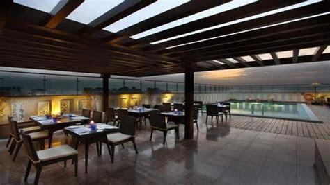 Mahagun Sarovar Portico Hotel Vaishali, Delhi   Banquet