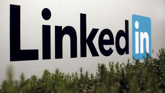 Microsoft to buy LinkedIn for $26bn - BBC News