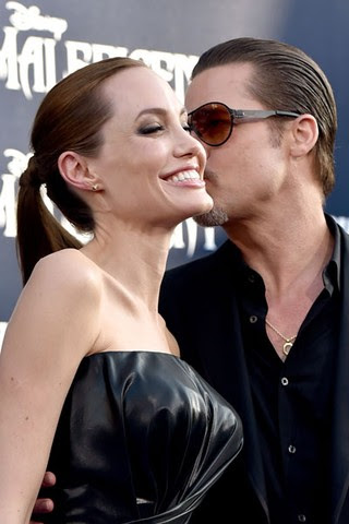 Angelina Jolie e Brad Pitt em première de filme em Los Angeles, nos Estados Unidos (Foto: Kevin Winter/ Getty Images/ AFP)