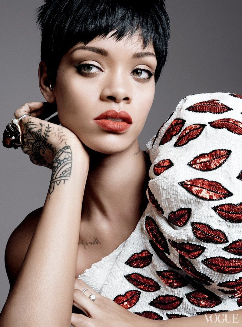 photo rihanna-vogue-photo-shoot2_zps9295617f.jpg