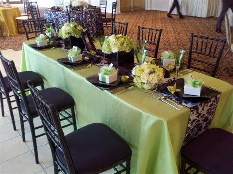 Black & white damask table runner with lime green accents