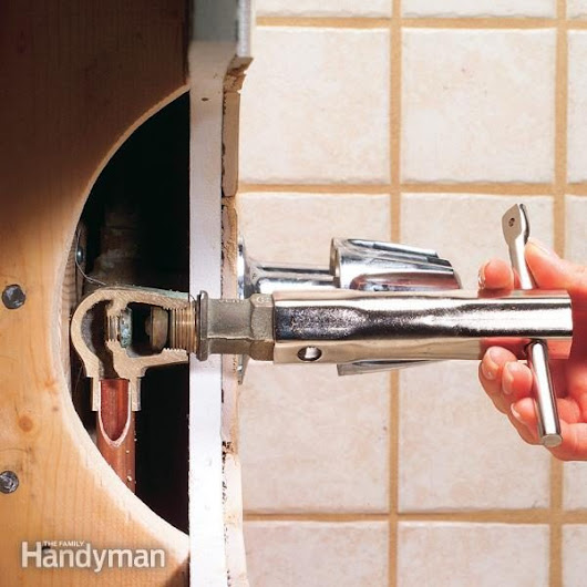 How to Fix a Leaking Bathtub Faucet — The Family Handyman