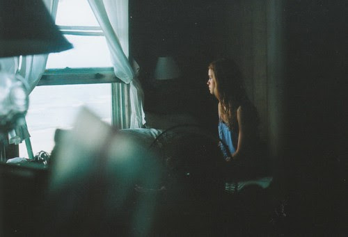 LE LOVE BLOG LOVE STORY DO I GO FOR IT GIRL SITTING ON BED THINKING LOVE PHOTO PIC IMAGE Untitled by mary_robinson, on Flickr