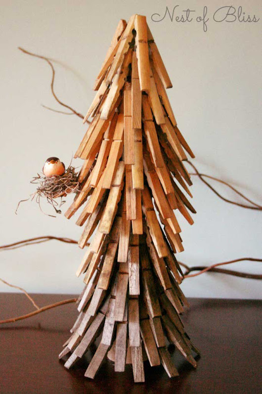 Clothespin Christmas Crafts - Rustic Crafts & Chic Decor