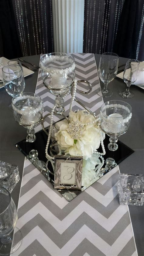 Astounding Centerpieces On Pins Square Mirrors Bubbles