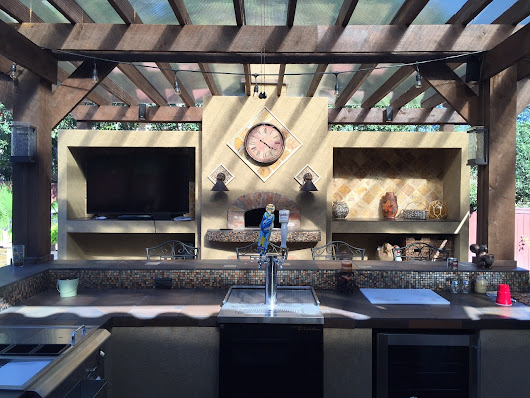 Get Ready for Summer in Texas with an Outdoor Kitchen - Outdoor Home Living