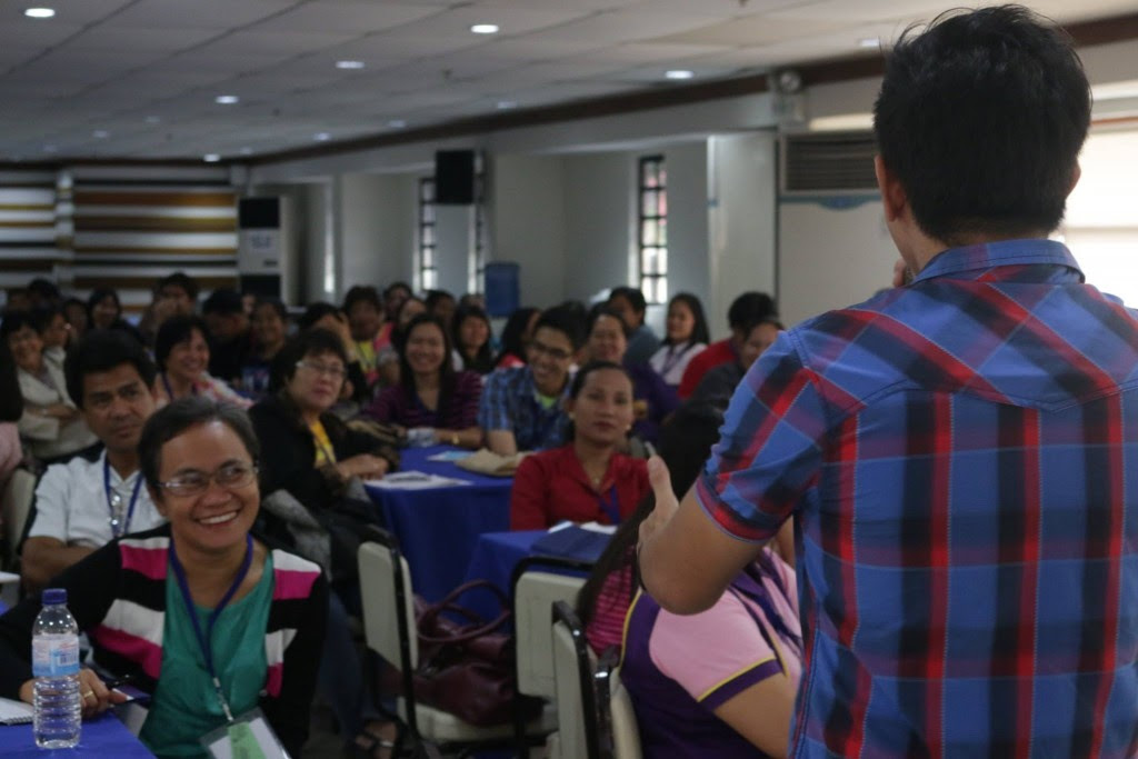 the VoiceMaster teaches Voice Care for Teachers in Iloilo