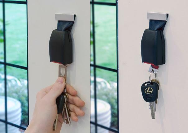 """""""buckle up keyholder"""" - Gurtschloss als Schlüsselhalter von Thabto"""
