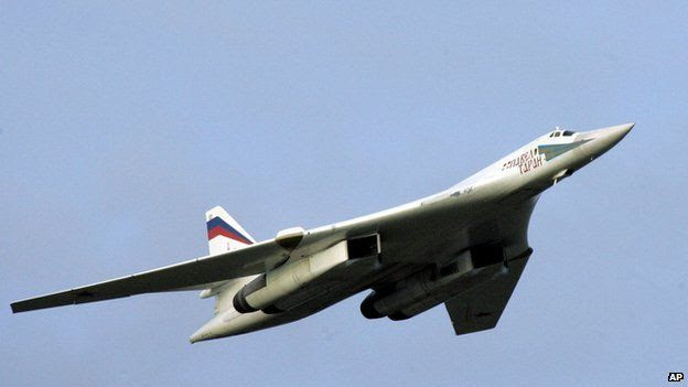 A supersonic Tu-160 strategic bomber