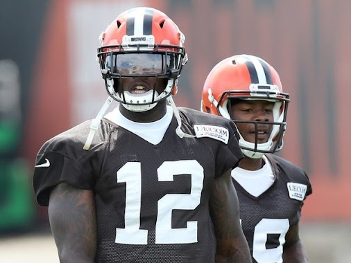 Should the Cleveland Browns take another chance on Josh Gordon? http://ow.ly/UUpf30enmtl #cleveland ...