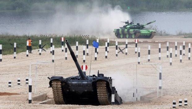 Aksi Berbagai Macam Tank dalam Tank Biathlon 2016