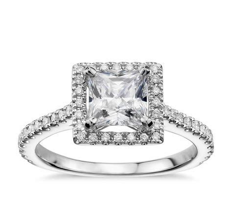 Princess Cut Floating Halo Diamond Engagement Ring in 14k