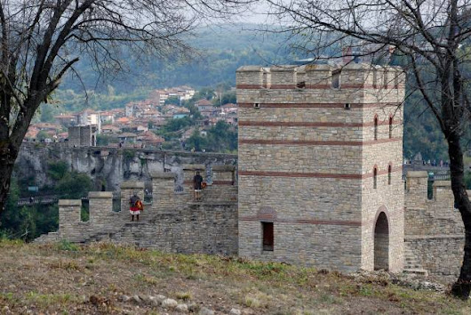 Bulgaria's Veliko Tarnovo Unveils Newly Restored Trapesitsa Fortress in Controversial Project with Azerbaijan Funding – Archaeology in Bulgaria