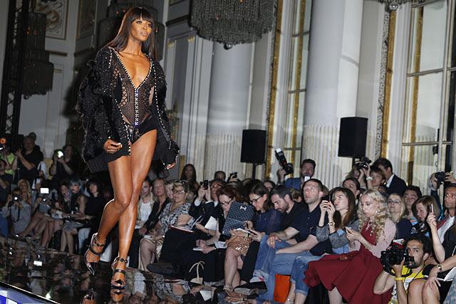 La modelo, el pasado julio en el desfile de Versace Atelier.   Gtres