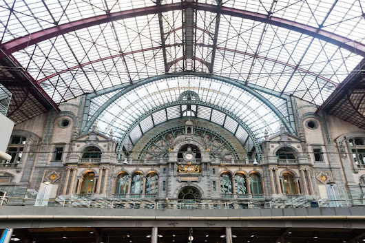 Belgium Train Guide - How To Use The Belgian Rail Network - Guide To Backpacking Through Europe | The Savvy Backpacker