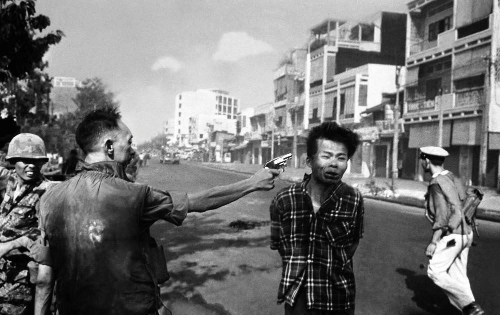 Eddie Adams Murder of Vietcong Photograph