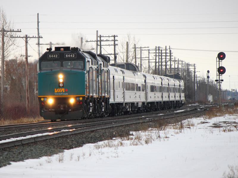 VIA 6442 in Winnipeg