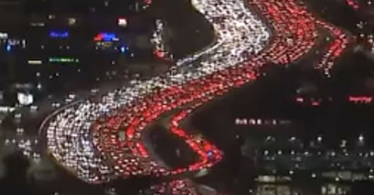 Look At The Fresh Hell That Is The Los Angeles Freeway Before Thanksgiving | HuffPost