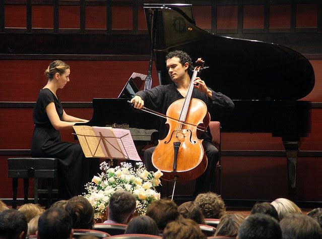 ADOLFO GUTIÉRREZ ARENAS, CELLO, Y JUDITH JÁUREGUI, PIANO - VALDEDIOS 28.07.12