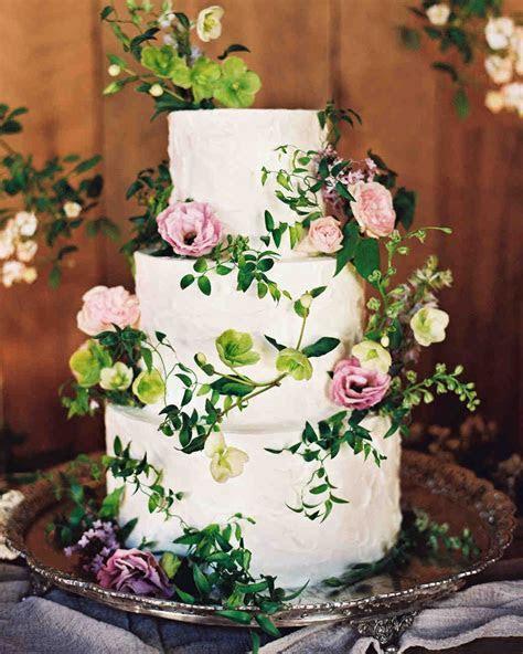 44 Wedding Cakes with Fresh Flowers   Weddings   Wedding