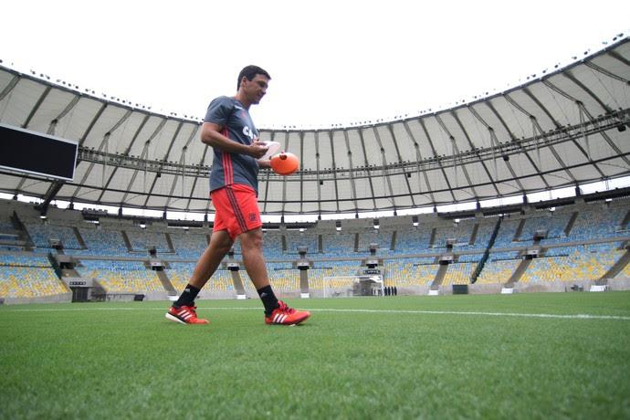 Zé Ricardo comanda treino no Maracanã (Foto: Gilvan de Souza)